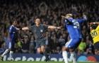 Cựu sao Chelsea tiết lộ cảnh tượng kinh hoàng sau 'trò hề' của Ovrebo