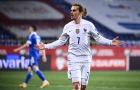 Ghi bàn mẫu mực, Griezmann một tay giành 3 điểm cho Pháp