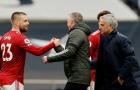 Thua M.U, Mourinho đã tự tay 'vả mặt' khi còn ở Old Trafford