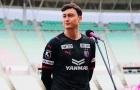 Đặng Văn Lâm đẹp trai rạng ngời trong ngày ra mắt CLB Nhật Bản