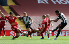 Gục ngã phút bù giờ, Liverpool lỡ mất cơ hội chen chân vào top 4