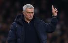 Đến AS Roma, Mourinho dựng đội hình 'xe bus' ra sao?