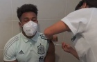 'Quái thú Tây Ban Nha' lim dim tiêm vaccine, sẵn sàng xung trận