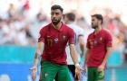'Ai đó cần nói với Fernandes rằng Bồ Đào Nha đang bị dẫn 3-1'