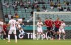 '4 cầu thủ Czech tự kèm lẫn nhau'