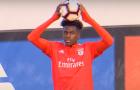 Tân binh đến sân tập, Arsenal háo hức đón người mới