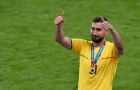 Làm trùm EURO, Donnarumma nói thẳng 1 lời về Buffon