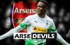 Arsenal bị trì hoãn thương vụ mua Zakaria vì lý do bất khả kháng