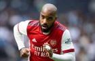 Tìm tiền đạo, Barca quan tâm ngôi sao Arsenal