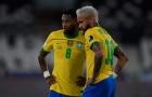 Fred và đồng đội ngăn Neymar chia tay đội tuyển Brazil