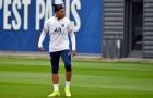 Mbappe ghi bàn đẳng cấp trên sân tập