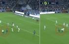 Fan cuồng tấn công, Messi khó chịu ra mặt