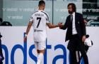Bị rút khỏi sân, Pirlo tiết lộ phản ứng khó tin của Ronaldo trong phòng thay đồ