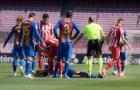 Va chạm kinh hoàng, sao Barcelona nhập viện vì nứt xương hàm