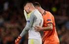 Thủ môn Lyon bật khóc sau bàn thắng của Coutinho