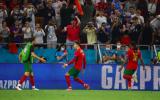 2 lần sút tung lưới Pháp, Ronaldo lập kỷ lục chưa từng có