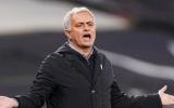 Mourinho: 'Cậu muốn ở lại đây hay đến Real và không chơi bóng?'