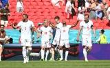 Từ 'zero' thành 'hero', Sterling giúp Anh đánh bại Croatia