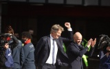 XONG! Van der Sar xác nhận khả năng trở lại Man Utd