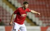 CHÍNH THỨC: Man Utd chia tay trung vệ tài năng