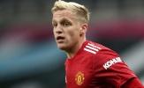 Mất hút ở Man United, Van de Beek bị đồng hương trêu đau lòng