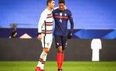 Thay vì Varane, Man Utd hãy tất tay cho 'gã khổng lồ' của La Viola