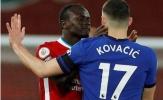 Bị sút thẳng mặt, Mane điên tiết đòi tẩn Kovacic ngay trên sân