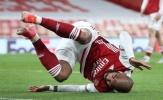 Cầm vàng lại để vàng rơi, Arsenal ôm hận tại Emirates
