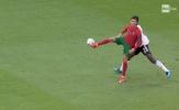Ronaldo tạo cú lừa cho Rudiger, xử lý bóng kiểu 'no look' đẳng cấp