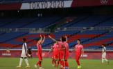 Dội mưa bàn thắng, Hàn Quốc thẳng tiến vào tứ kết