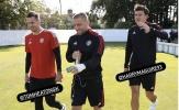 Hậu vệ chói sáng ở EURO 2020 trở lại M.U