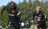 Viện binh xuất hiện, Lukaku tập bắn, Chelsea chờ chiến Man City