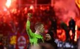 Thủ môn cản 5 quả penalty, đội bóng hạng tư vào bán kết Cúp quốc gia Đức