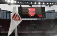 Arsenal toang mạnh, nhận hung tin từ học viện