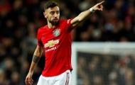 Neville chỉ ra 'tử huyệt' của Man United với Fernandes