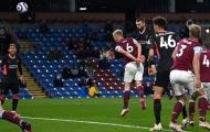 CĐV Liverpool điểm mặt cái tên chói sáng trước Burnley