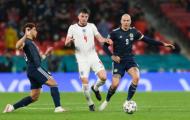 Roy Keane: 'Tư duy của tuyển Anh là chuyền ngang rồi chuyền về'