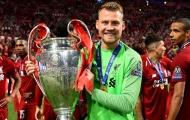 Cựu sao Liverpool bất ngờ trở lại Anfield, nói lời chào sau cuối