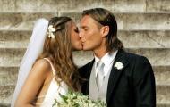 Vợ xinh đẹp chia sẻ cảm xúc sau 20 năm gắn bó với Totti