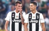 """Quá đau lòng! """"Bạn chiến đấu"""" của Ronaldo bị cô lập ở Juventus"""