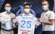 CHÍNH THỨC: 'Công thần 7 năm' của Inter gia nhập Olympique Marseille