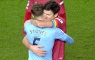 Roy Keane 'sôi máu' với 1 hành động ở derby Manchester