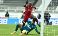 Mane quá ngây thơ, khiến Liverpool mất penalty trước Newcastle