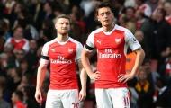 SỐC! Sao Arsenal chỉ trích các đồng đội vì không giúp đỡ Ozil