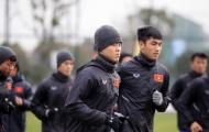 """U23 Việt Nam """"khổ luyện"""" dưới thời tiết rét buốt ở Trung Quốc"""