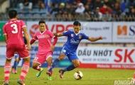 'Tiểu Huỳnh Đức' ghi bàn, ĐKVĐ Quảng Nam FC vẫn bị chia điểm trên sân nhà