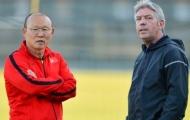 Điểm tin bóng đá Việt Nam sáng 28/11: GĐKT Gede và thầy Park 'bày mưu' hạ Philippines