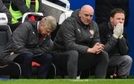 Emery đến, huyền thoại Arsenal sắp 'bật bãi'