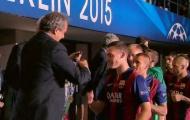 Vermaelen phải trả lại huy chương Champions League