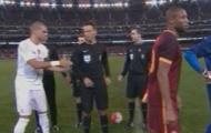 Hận thù cũ, Keita lại từ chối bắt tay Pepe